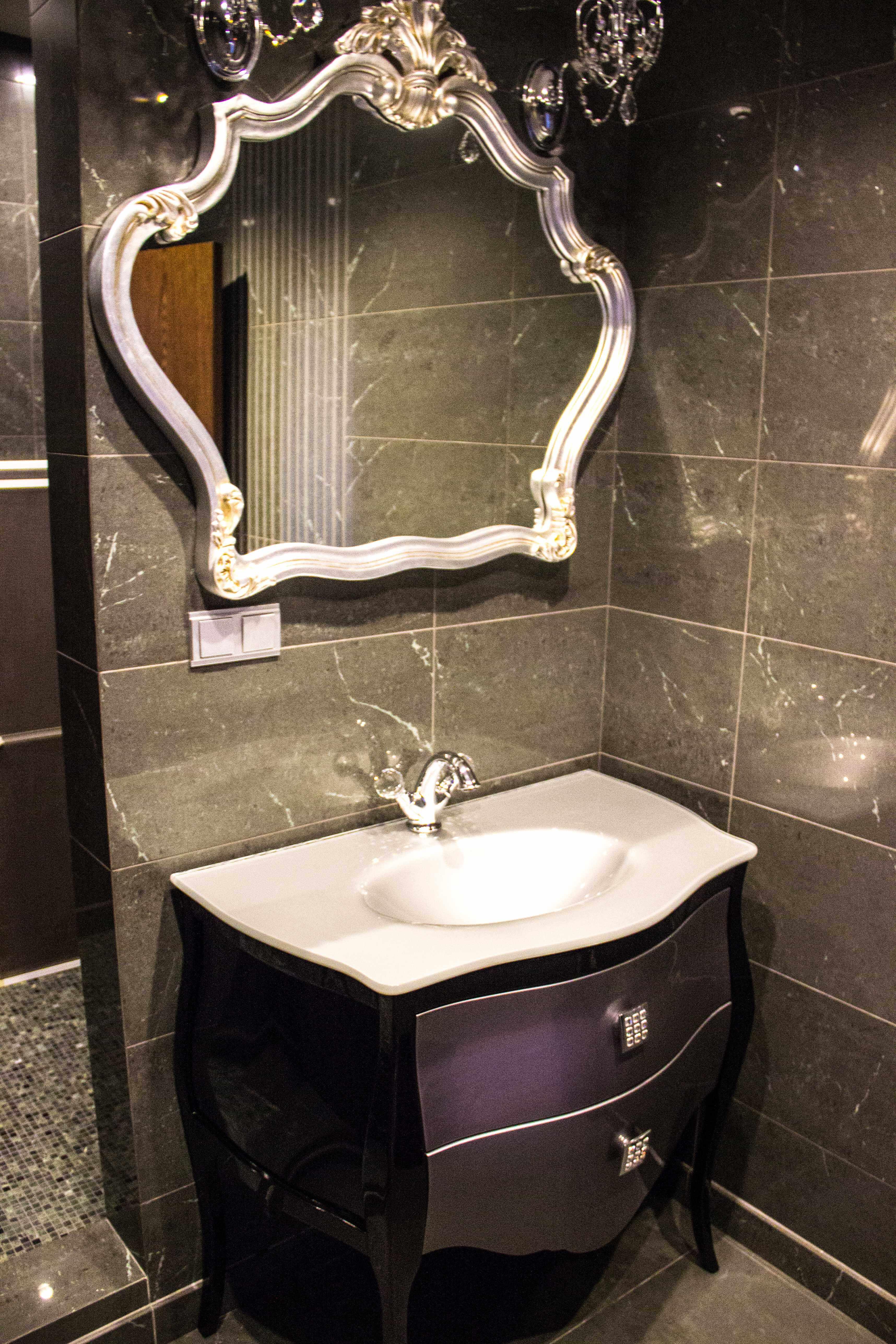 ванная комната в стиле поп арт